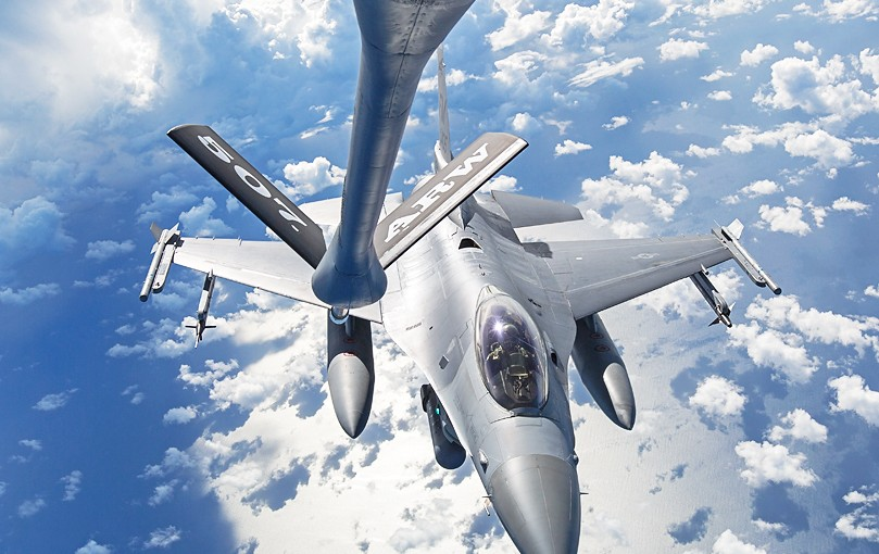 KC-135 Stratotanker Mid Air Refueling of F-16's